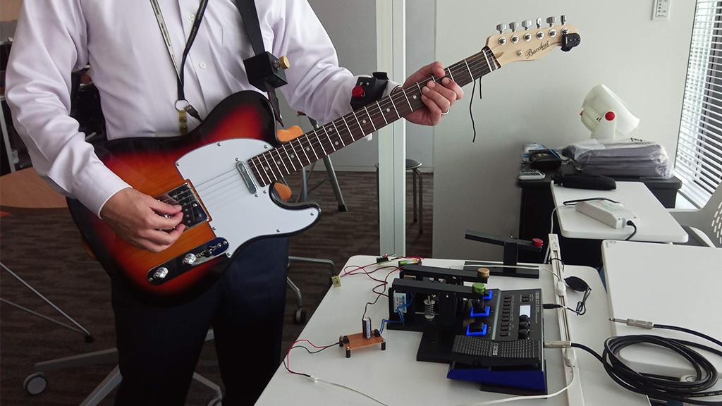 「Maker Faire Tokyo 2019 展示作品:エフェクターを遠隔操作「ネットワーク・ストンパー」」のイメージ